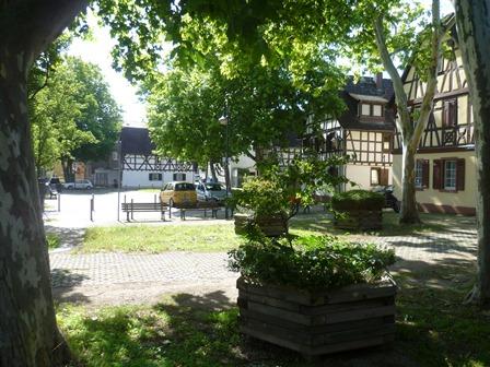 Unterliederbach Marktplatz